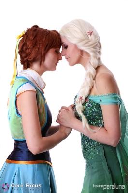 Anna and Elsa - Frozen Fever
